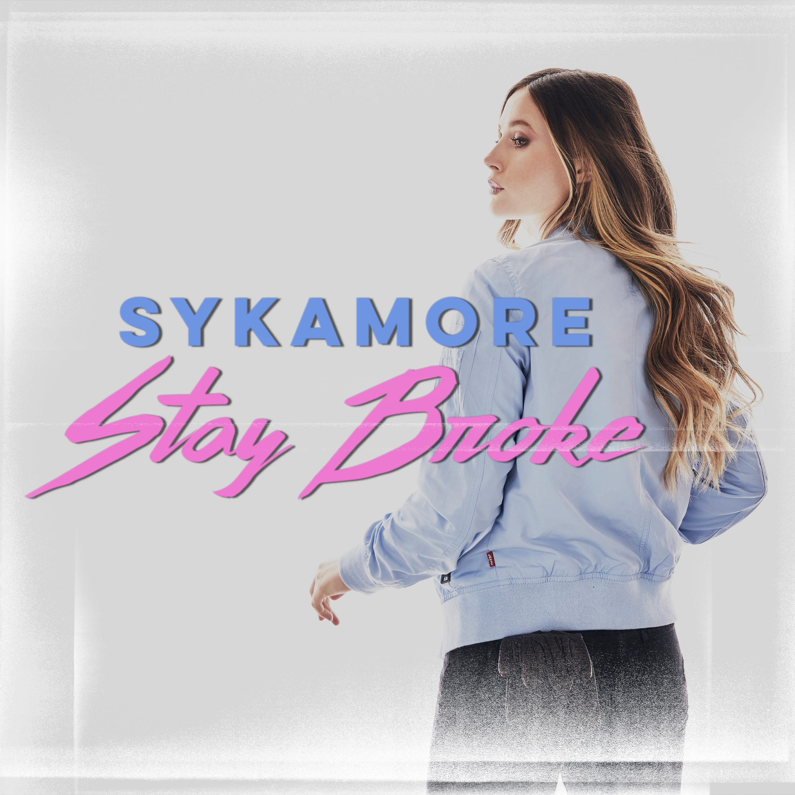 "Talking to Country Pop Singer-Songwriter Sykamore About Her Newest Release ""Stay Broke"""