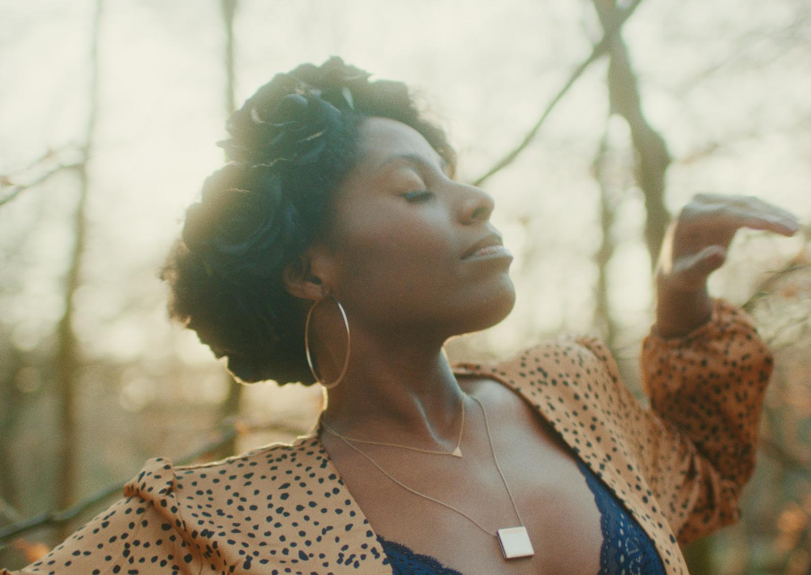 """You are currently viewing Conversing with London-based Artist S.A.A.R.A About Her Artisty and Latest Single """"Forest"""""""