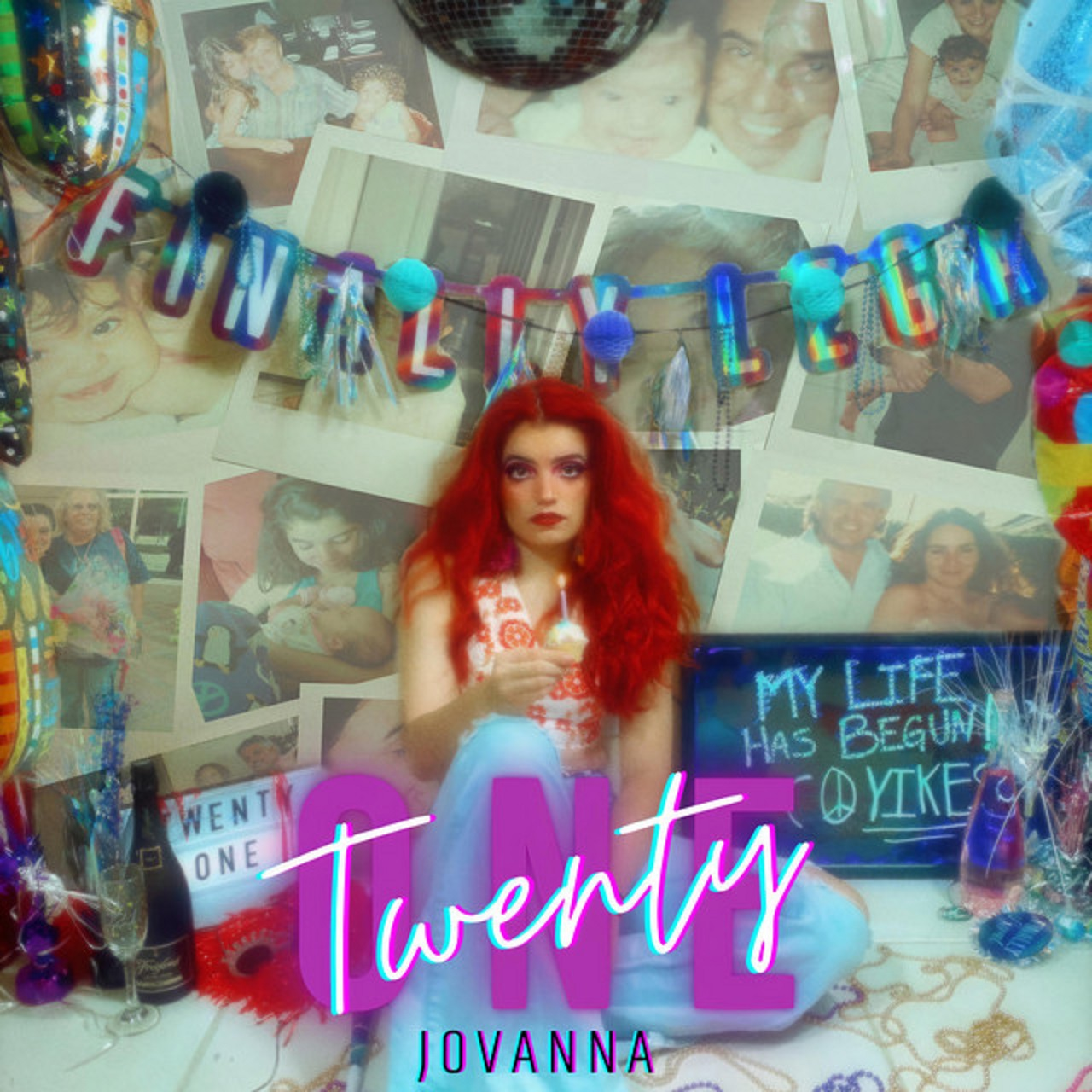 """Read more about the article The Daily Feature: J0VANNA's """"TwentyOne"""" Is a Funky, Upbeat Tune With a Relatable Message"""